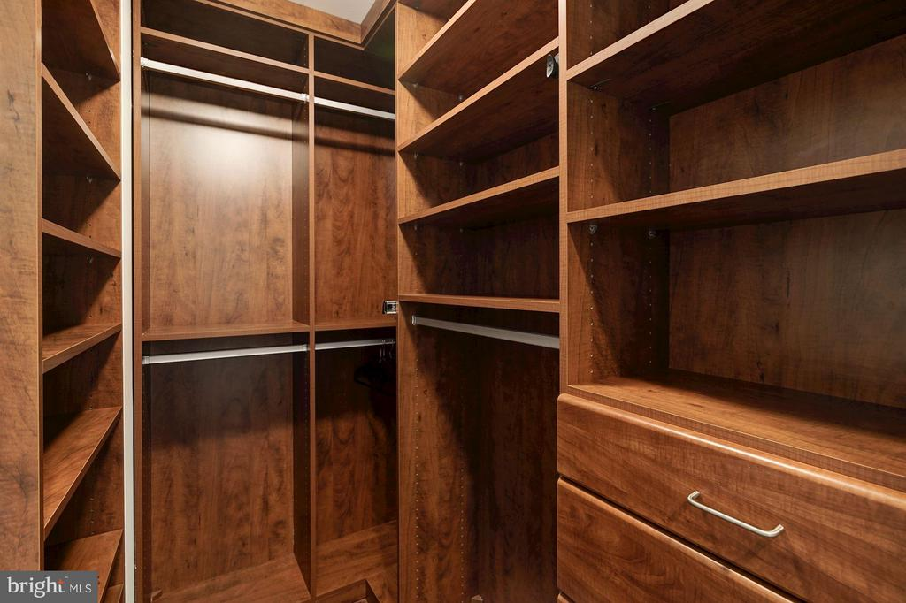 Bedroom - 1600 CLARENDON BLVD #W108, ARLINGTON