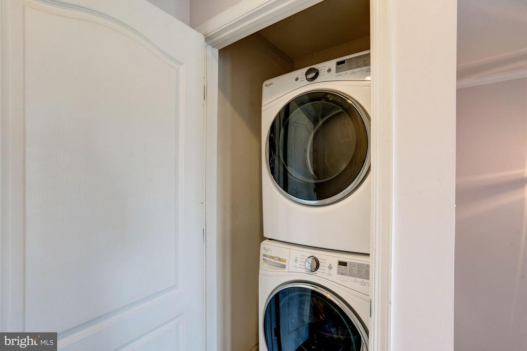 NEW WASHER/DRYER BEDROOM LEVEL - 41909 MORELAND MINE TER, ALDIE