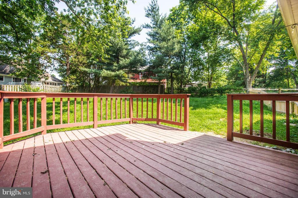 Rear Deck - 5 STABLE WAY, FREDERICKSBURG