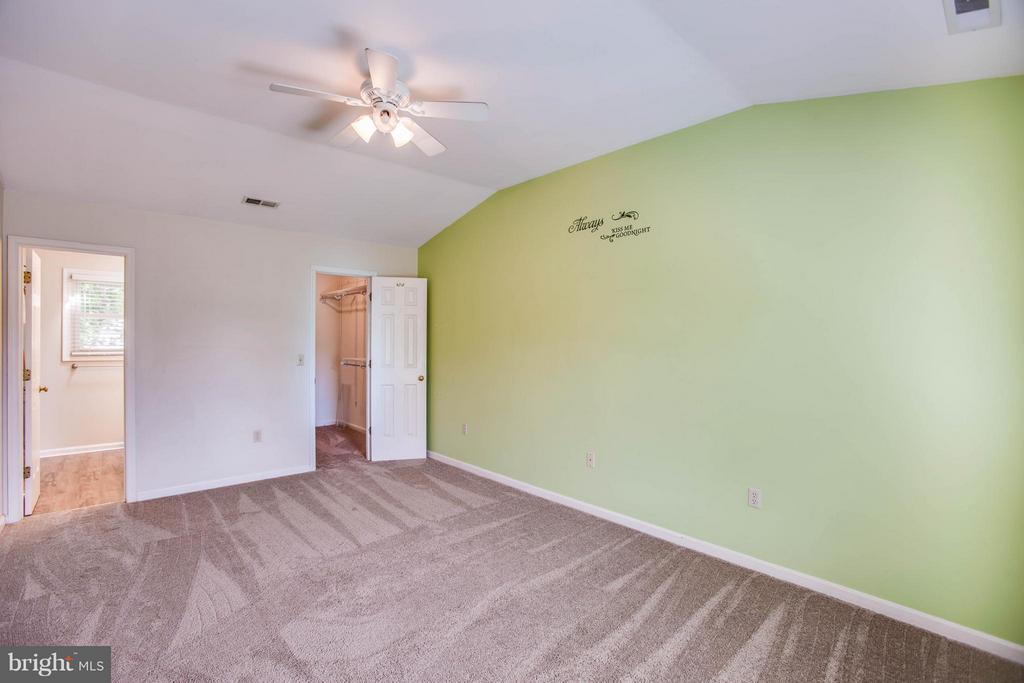 Bedroom (Master) - 5 STABLE WAY, FREDERICKSBURG