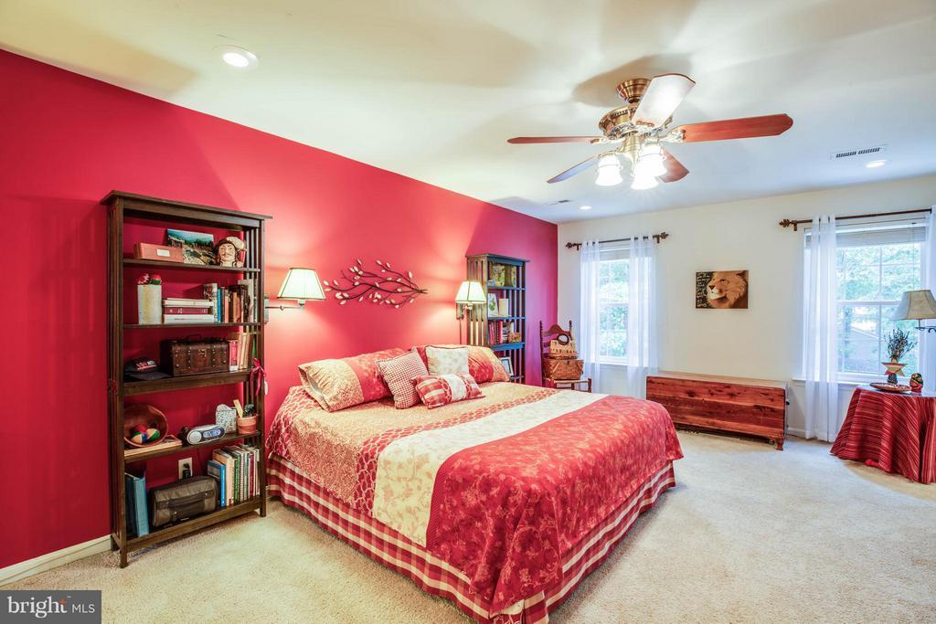 Bedroom (Master) - 130 LAND OR DR, RUTHER GLEN