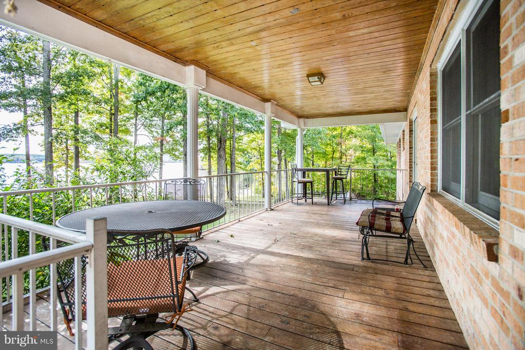 Back Deck - 4400 BRIGGS WAY, BUMPASS
