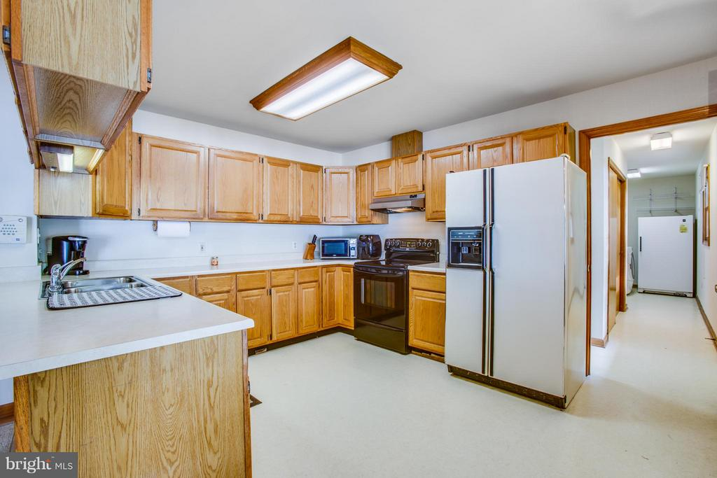 Kitchen - 4400 BRIGGS WAY, BUMPASS