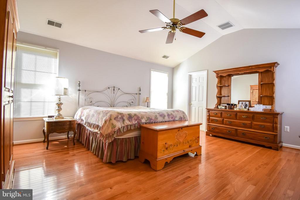 Bedroom (Master) - 11720 CREST MAPLE DR, WOODBRIDGE