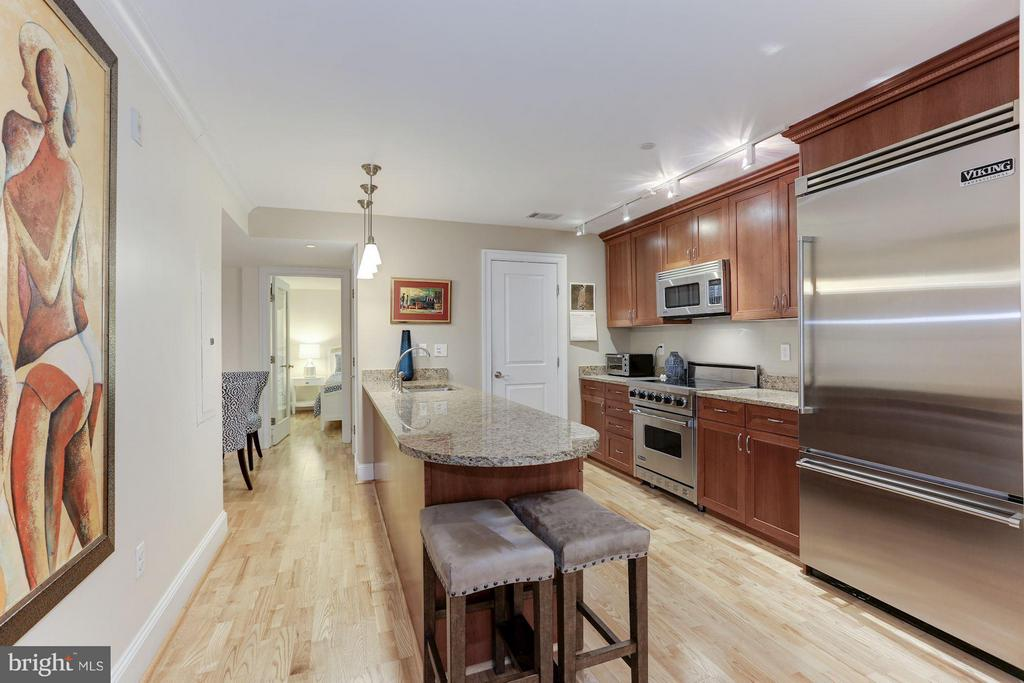 Gourmet Kitchen with pensilua for prep and more - 1830 JEFFERSON PL NW #1, WASHINGTON