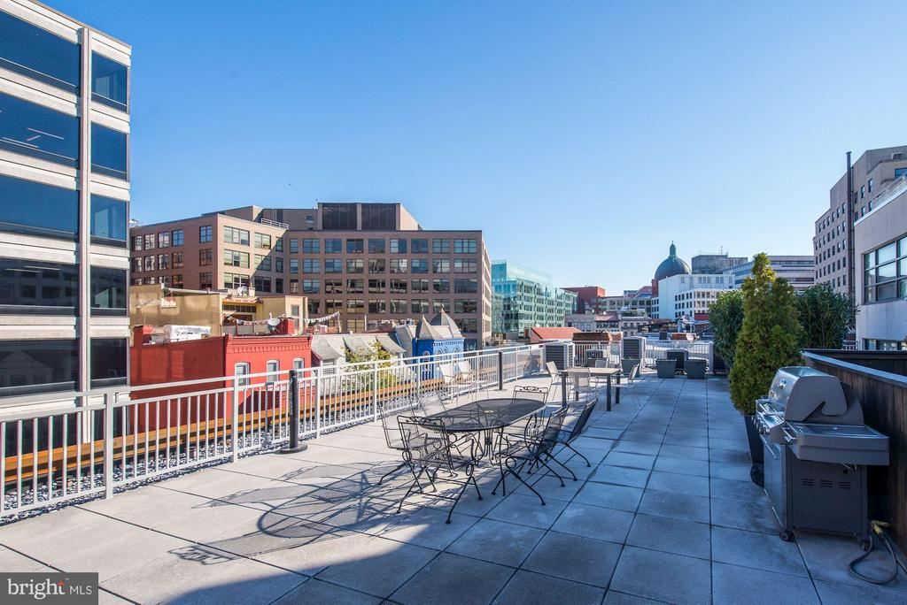 Building Rooftop for grilling and entertaining - 1830 JEFFERSON PL NW #1, WASHINGTON