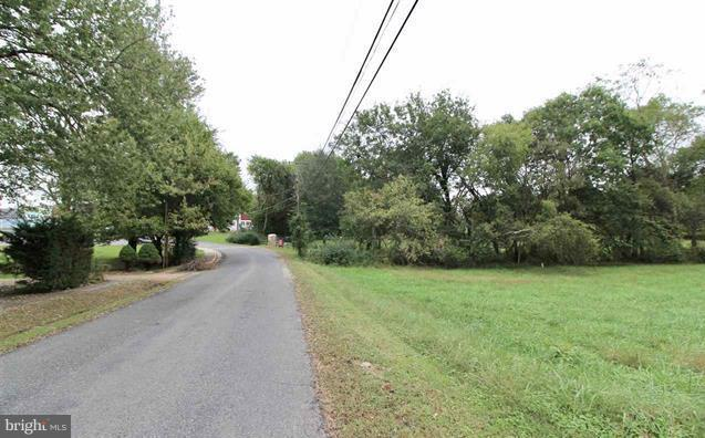 Photo of home for sale at Meadow Avenue, Louisa VA
