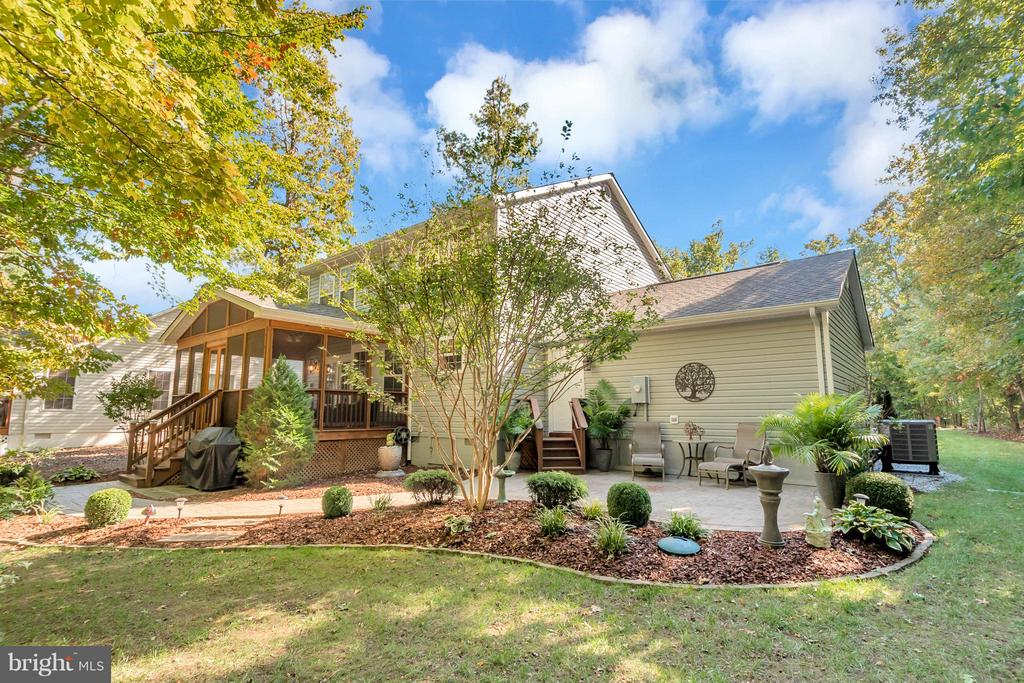 Your very own outdoor oasis - 316 LIBERTY BLVD, LOCUST GROVE