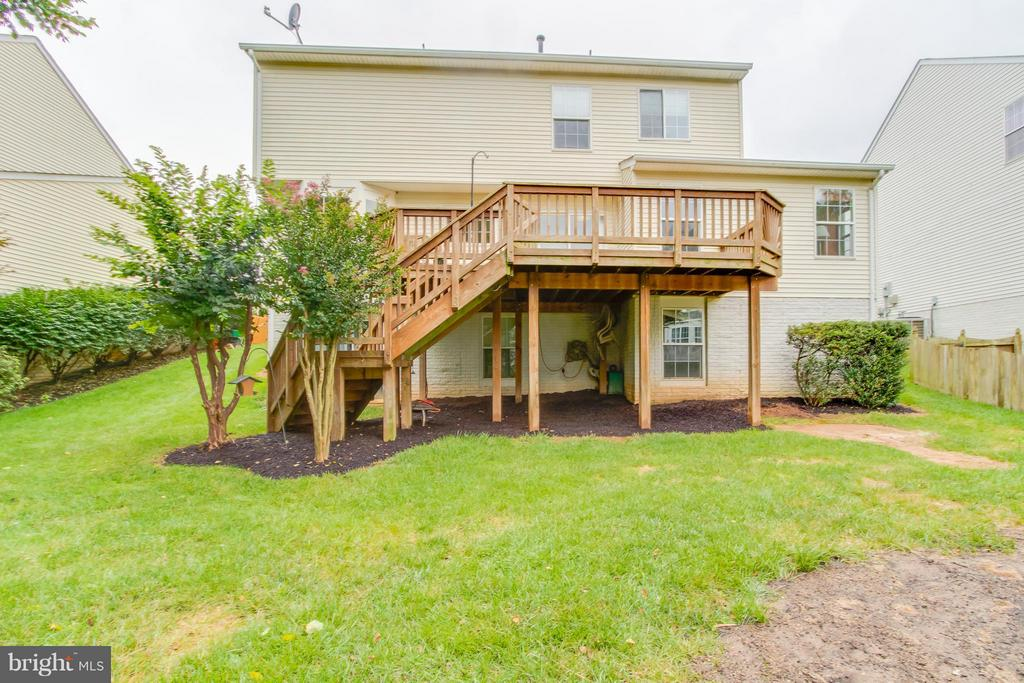 Large Deck With Stairs To Backyard - 9310 SHANNON ST, MANASSAS PARK