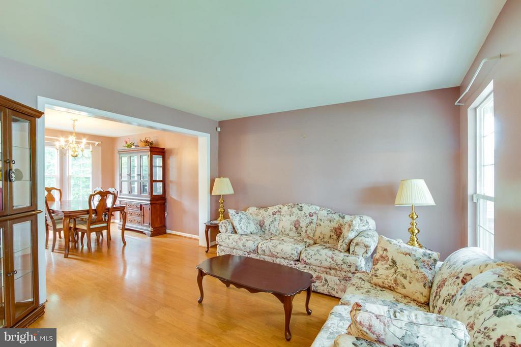 Living Room - 9310 SHANNON ST, MANASSAS PARK