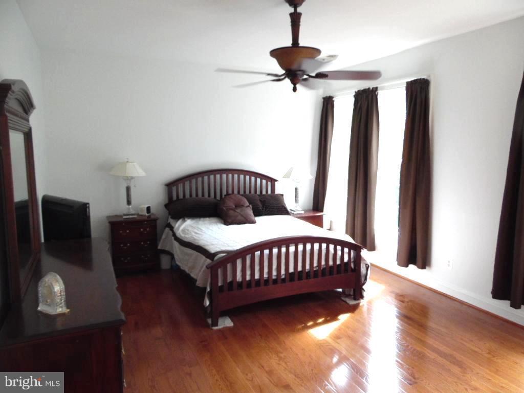 Bedroom (Master) - 43341 CEDAR POND PL, CHANTILLY
