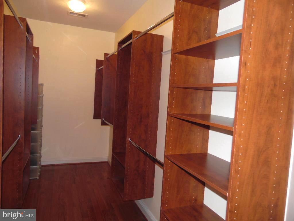 Master Bedroom Closet Organizers - 43341 CEDAR POND PL, CHANTILLY