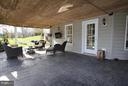Spacious covered back patio - 40710 JADE CT, LEESBURG