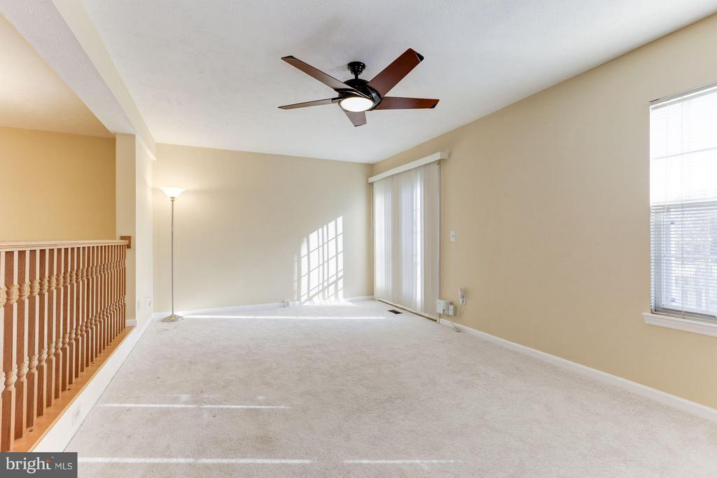 Family room is bright and spacious! - 43979 CHOPTANK TER, ASHBURN