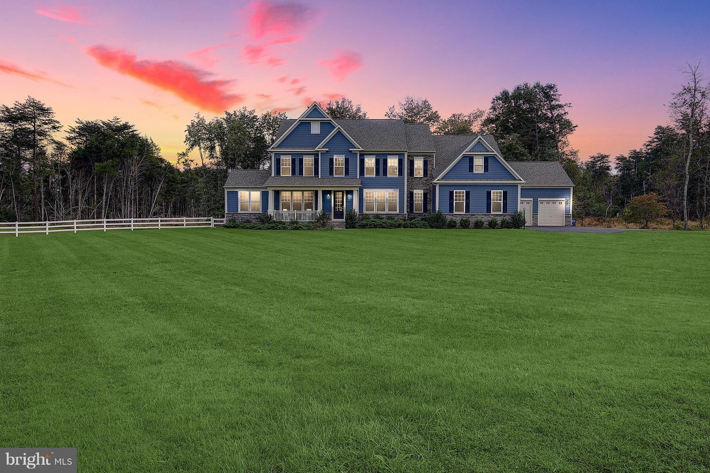 Single Family Home for Sale at 16751 Lord Sudley Drive 16751 Lord Sudley Drive Centreville, Virginia 20120 United States