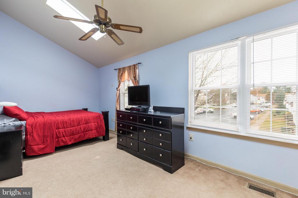 Bedroom (Master) - 7810 GATESHEAD LN, MANASSAS