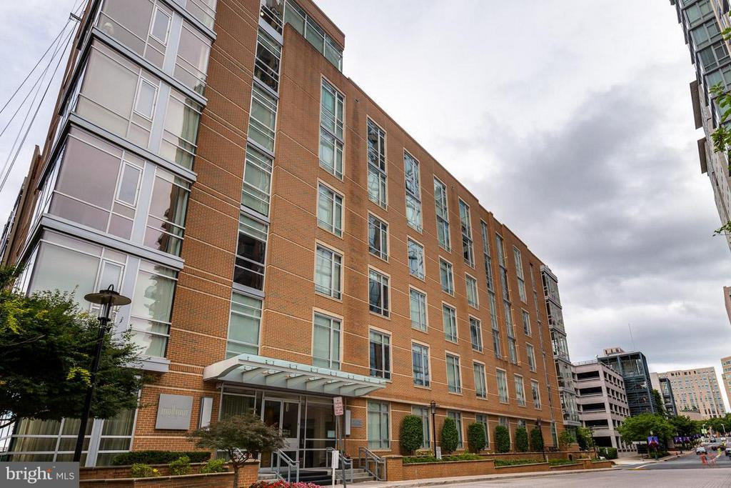 Exterior (General) - 12025 NEW DOMINION PKWY #222, RESTON