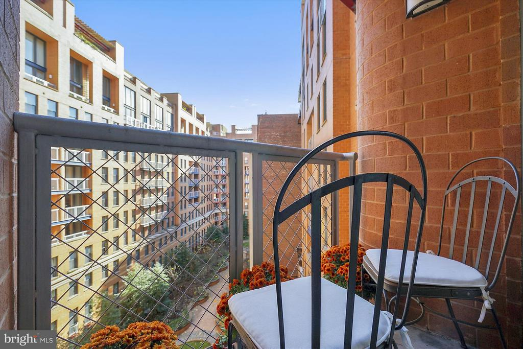 Private Balcony overlooking lush courtyard - 616 E ST NW #804, WASHINGTON