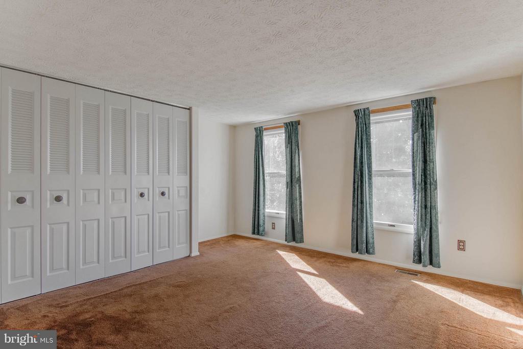 Fourth Bedroom - 9811 FAIRMONT AVE, MANASSAS