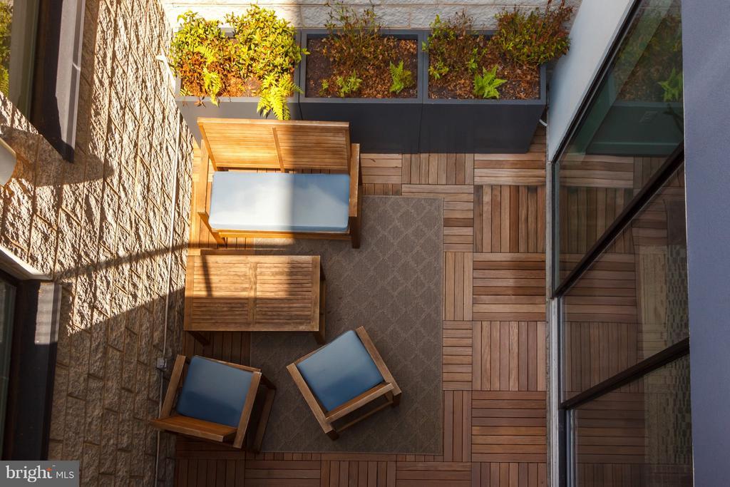 Courtyard - 1628 11TH ST NW #108, WASHINGTON