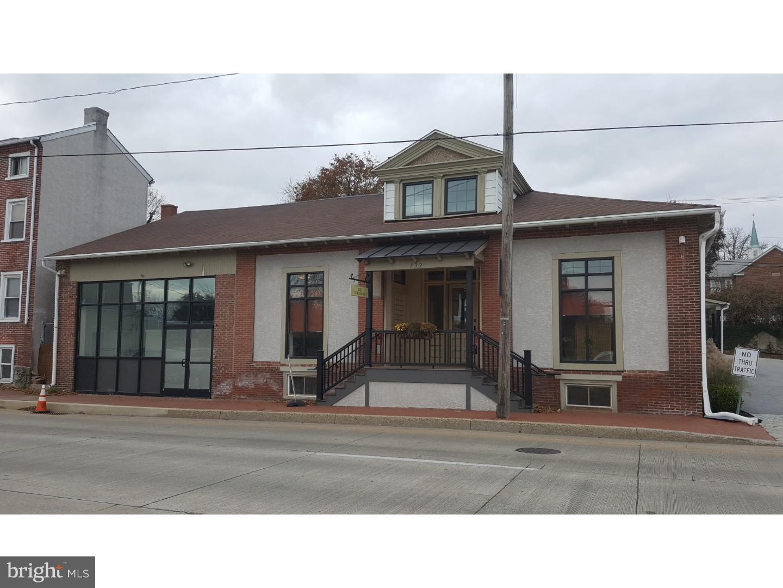 一戸建て のために 賃貸 アット 239 E MARKET ST #102 West Chester, ペンシルベニア 19382 アメリカ