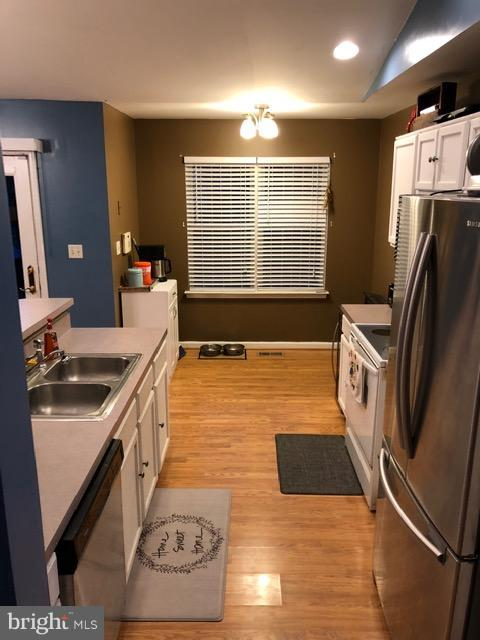 Kitchen - 10311 COLD HARBOR DR, HAGERSTOWN