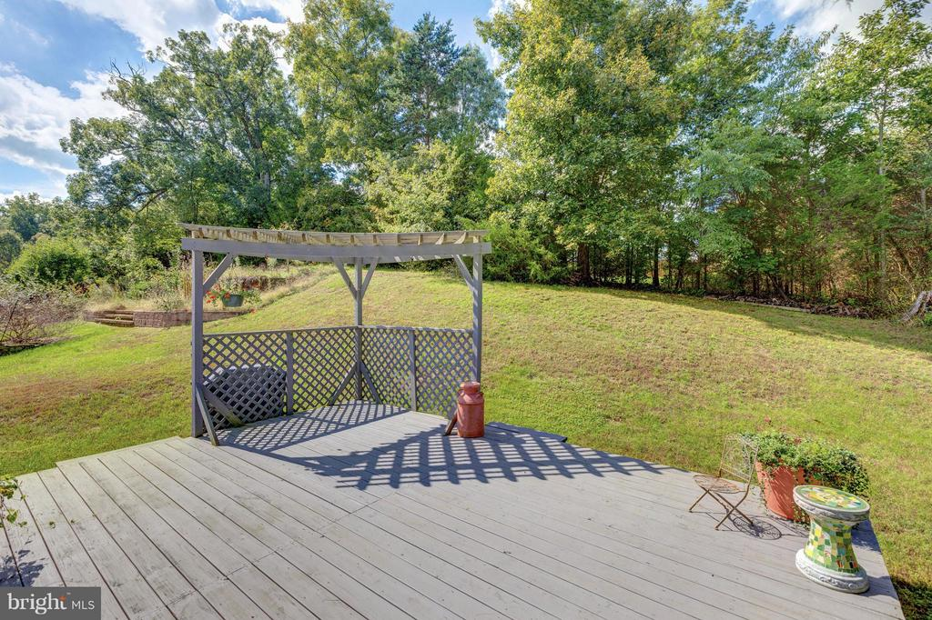 Deck - 151 MORNING GLORY DR, WINCHESTER