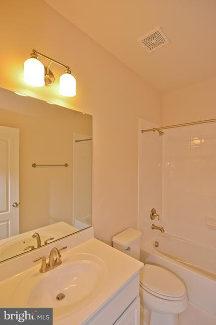Bath - Photo Similar to Home Being Built - 16766 MILL STATION WAY, DUMFRIES