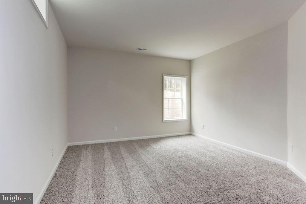 Basement Bedroom - 9403 BETTGE LAKE CT #1-3, LORTON
