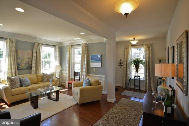 Additional photo for property listing at 12604 Greenhouse View Ln #19a1  Woodbridge, Virginia 22192 United States