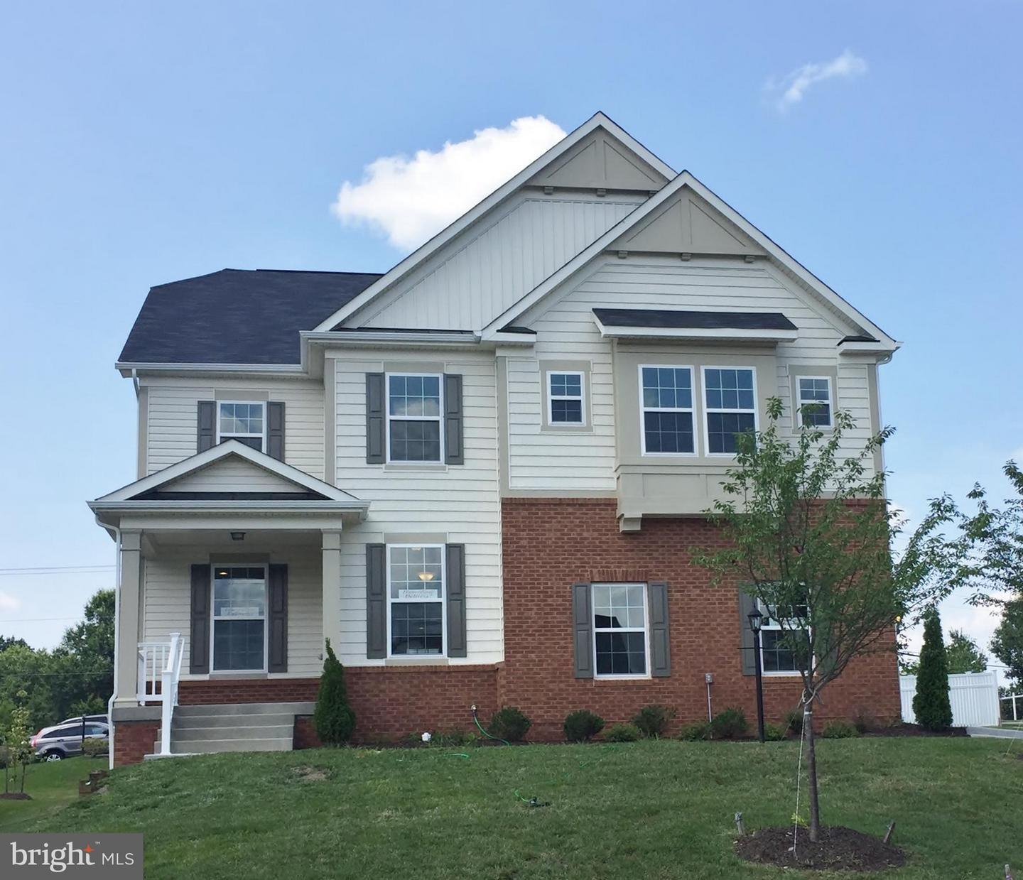 Single Family for Sale at 12604 Greenhouse View Ln #19a1 Woodbridge, Virginia 22192 United States