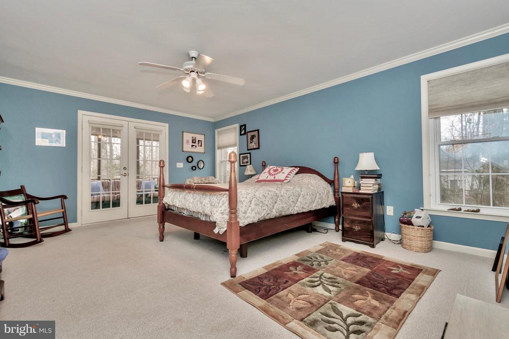 Lovely Master with french doors to Screened Porch - 104 CEDAR CT, LOCUST GROVE