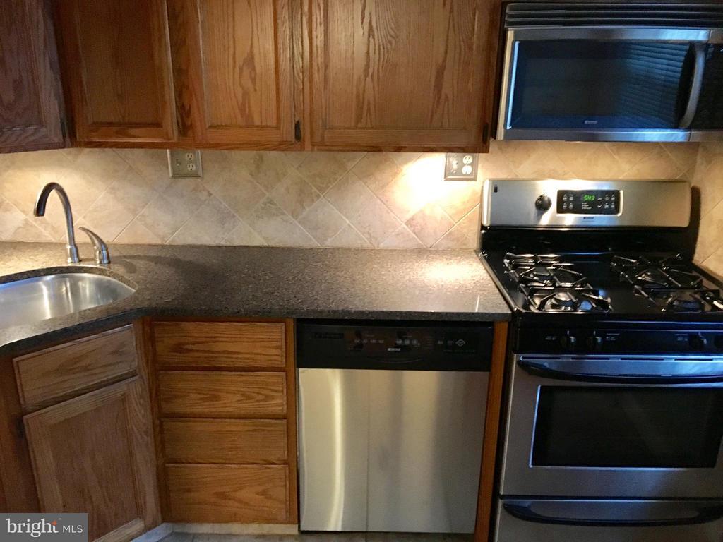 Kitchen - 1201 BARTON ST #131, ARLINGTON