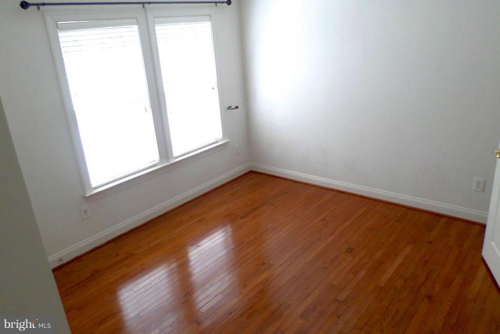 All upper level with hardwood floors - 13504 CLASSIC OAKS CT, MANASSAS