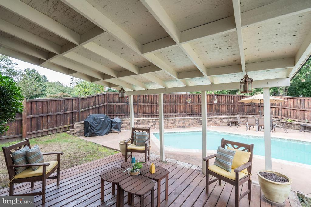 Cabana Room next to Pool - 4422 TULIP TREE CT, CHANTILLY
