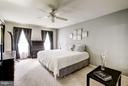 Master Bedroom with Natural Light - 4422 TULIP TREE CT, CHANTILLY