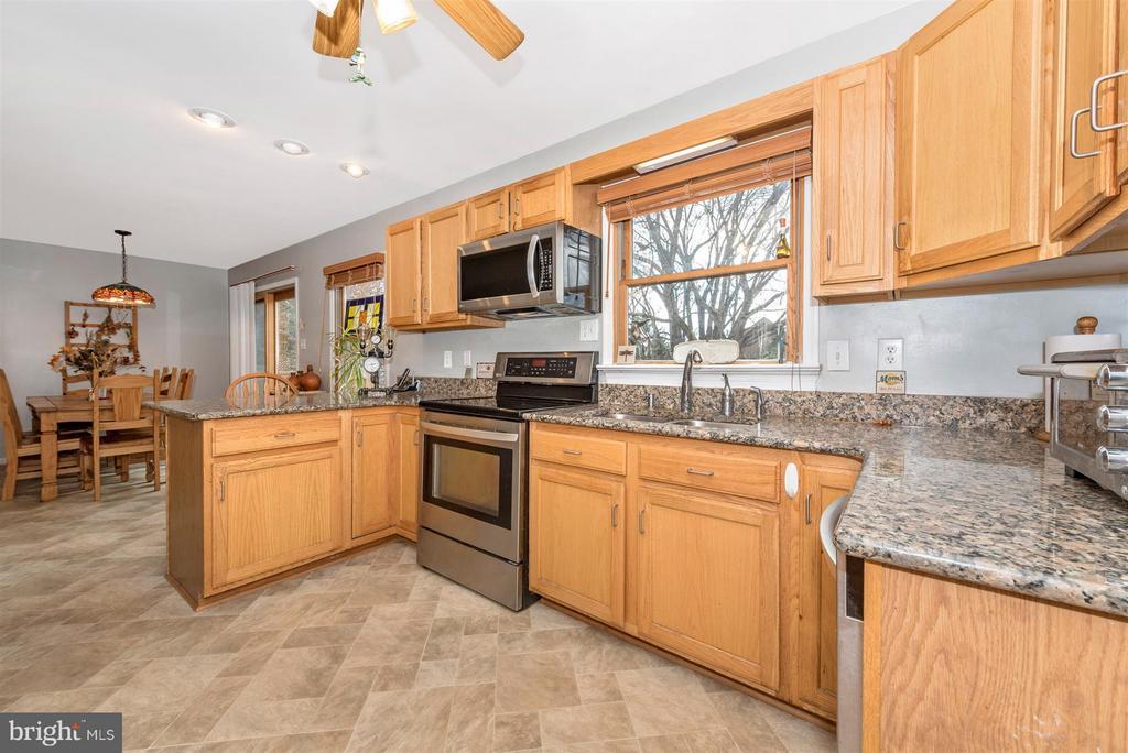 Kitchen - 6570 NYASA BND, NEW MARKET