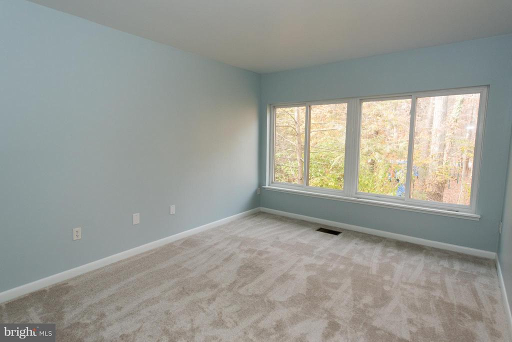 The home has also been freshly painted throughout - 2358 SOFT WIND CT, RESTON