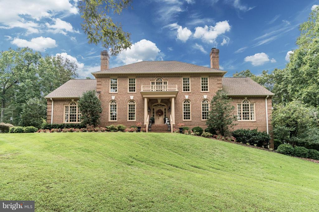 All Brick Custom Estate Home on Private 2 Acres - 8615 LEE JACKSON CIR, SPOTSYLVANIA