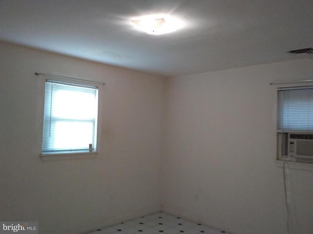 Bedroom - 2355 CONIFER LN, FALLS CHURCH