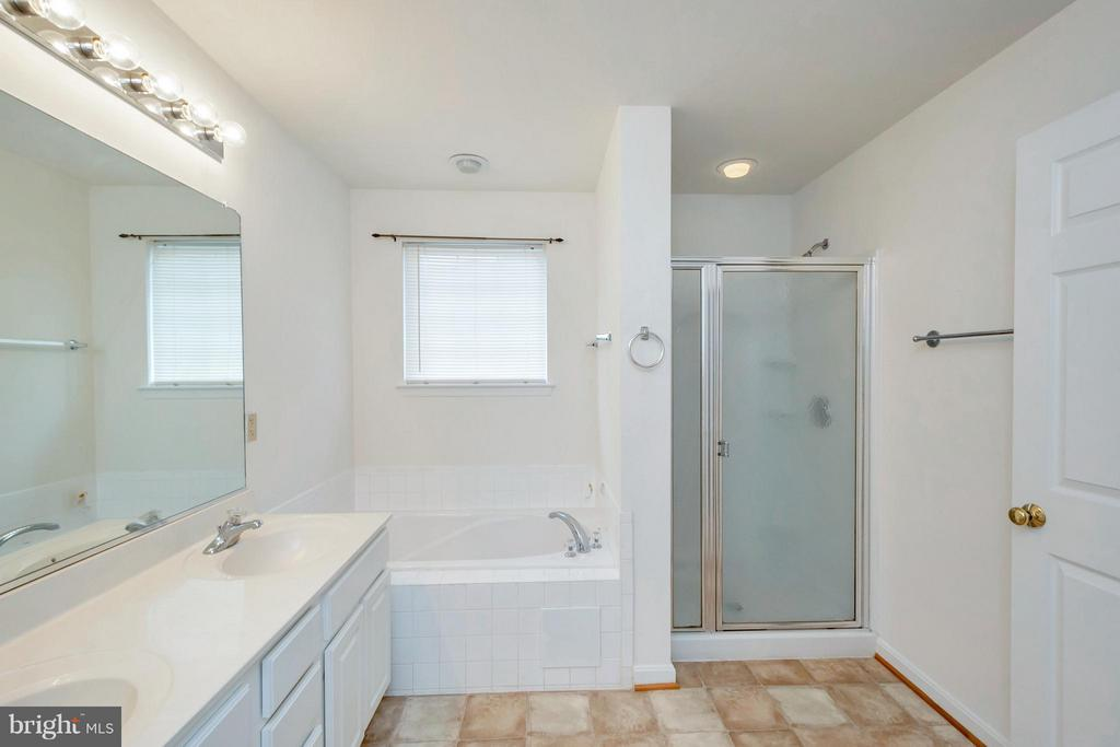 Master Bath room - 11414 WYTHEVILLE CT, FREDERICKSBURG