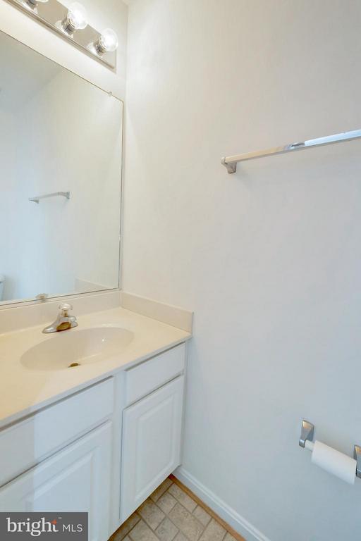 Bathroom - 11414 WYTHEVILLE CT, FREDERICKSBURG