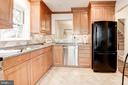 Abundant light wood cabinets - 2 S MONTANA ST, ARLINGTON
