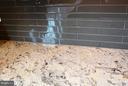 Beautiful Granite and glass back splash - 41433 AUTUMN SUN DR, ALDIE