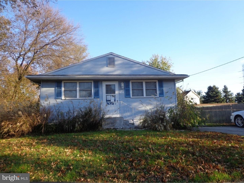 Частный односемейный дом для того Продажа на 192 BERGEN Avenue Thorofare, Нью-Джерси 08086 Соединенные Штаты