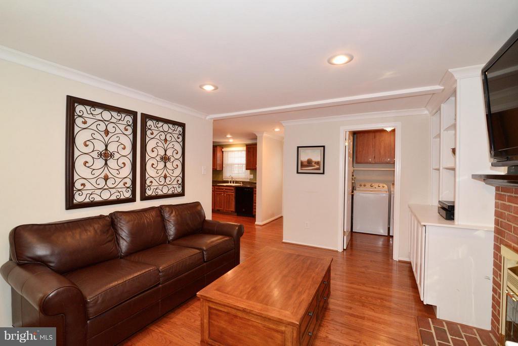 Family Room - 12866 GRAYPINE PL, HERNDON