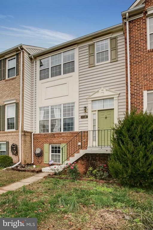 21098  MOSSY GLEN TERRACE, Ashburn, Virginia