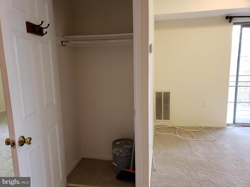 Coat closet/storage space in living room - 7376 LEE #204, FALLS CHURCH