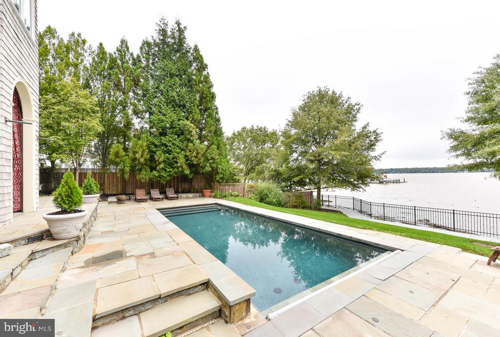 Heated Pool with child safety cover - 7615 SOUTHDOWN RD, ALEXANDRIA