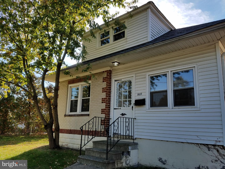 一戸建て のために 売買 アット 809 ORCHARD Avenue Runnemede, ニュージャージー 08078 アメリカ
